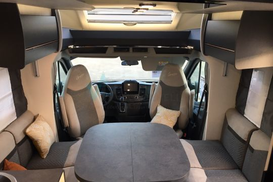Challenger 268 Graphite Premium 2021 complet