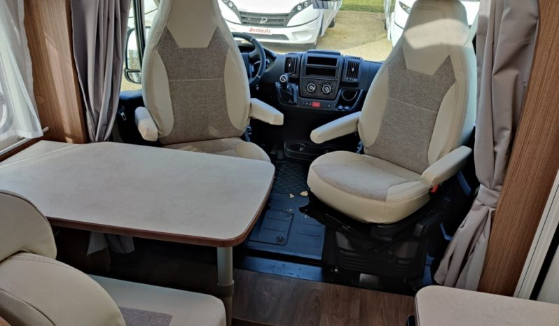 CARADO V339 Europa édition 2021 Citroën jumper 140cv complet