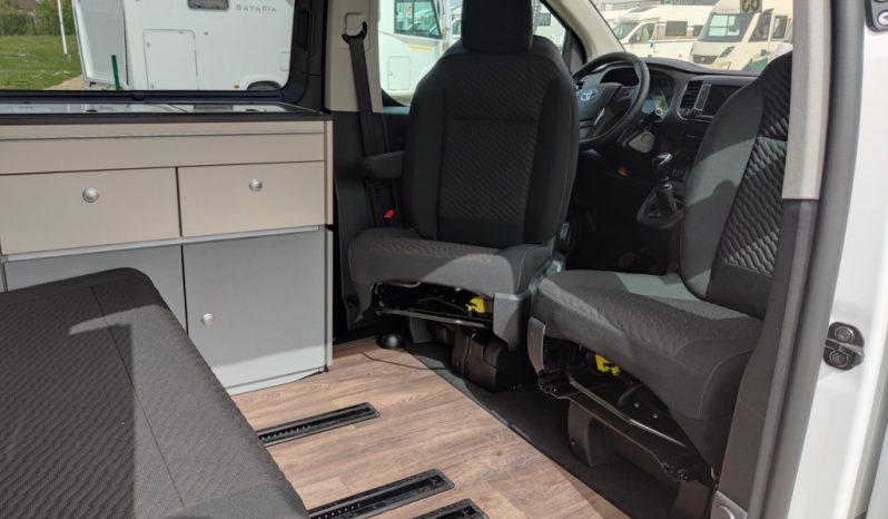 CROSSCAMP Toyota- 4.95m – 4 couchages toyota 150ch van aménagé complet