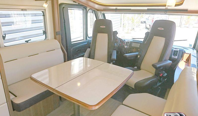 LMC Explorer i755 Confort – 2019 – 2 800 Km – 150ch. boite auto – lit central complet