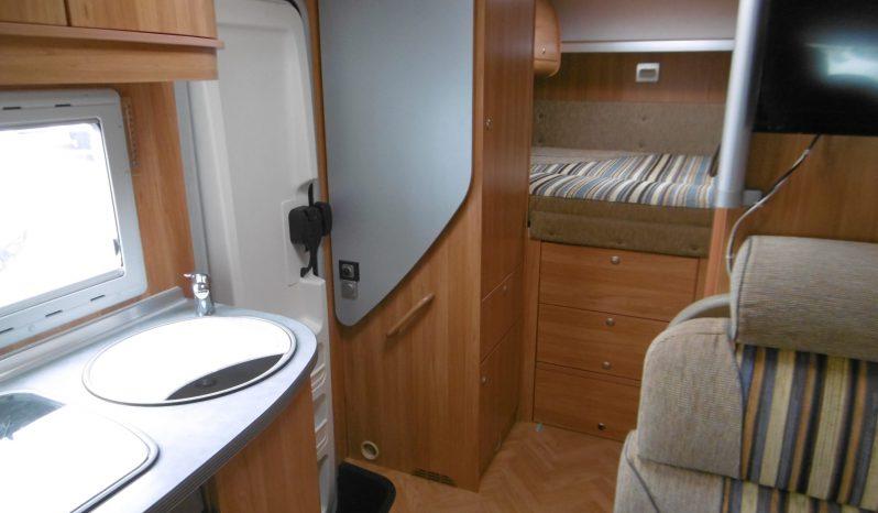 Profilé sans lit pavillon Face route Lit sur soute transversale Bürstner 2007 complet